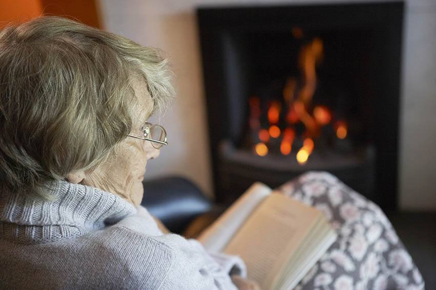 Use Senior Living Furniture to Create a Warm Atmosphere