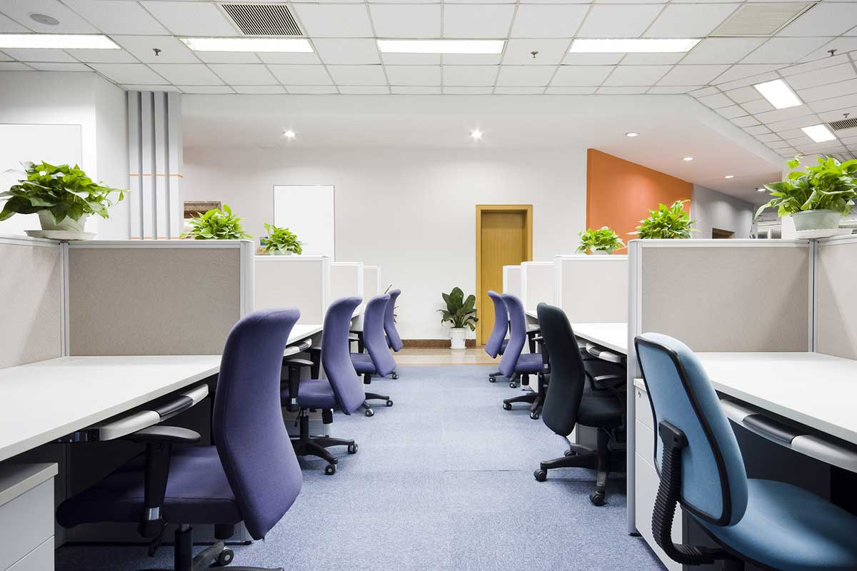 Five Ways Custom Office Furniture Can Make Your Team More Productive